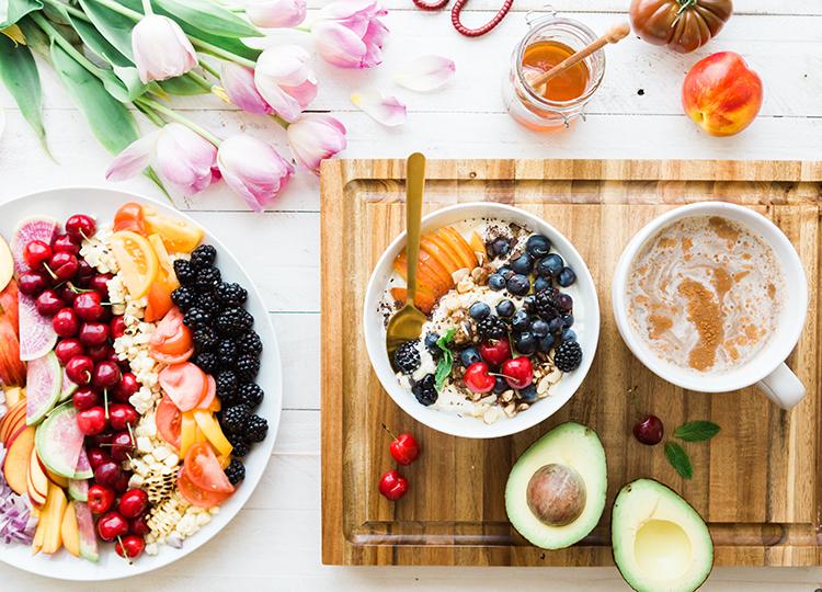 früchte bowl zum frühstück